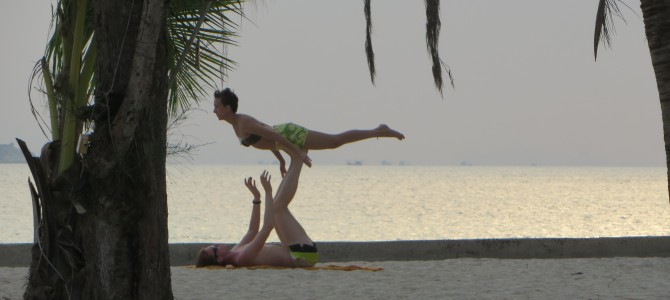 Day 154-179 – Koh Phangan, Thailand (Mar 4-29, 2014): Agama Yoga Level 1