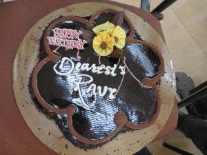 Mumbai birthday cake