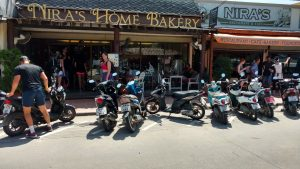 Nira's Thongsala