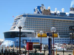 Cruise ship Sydney